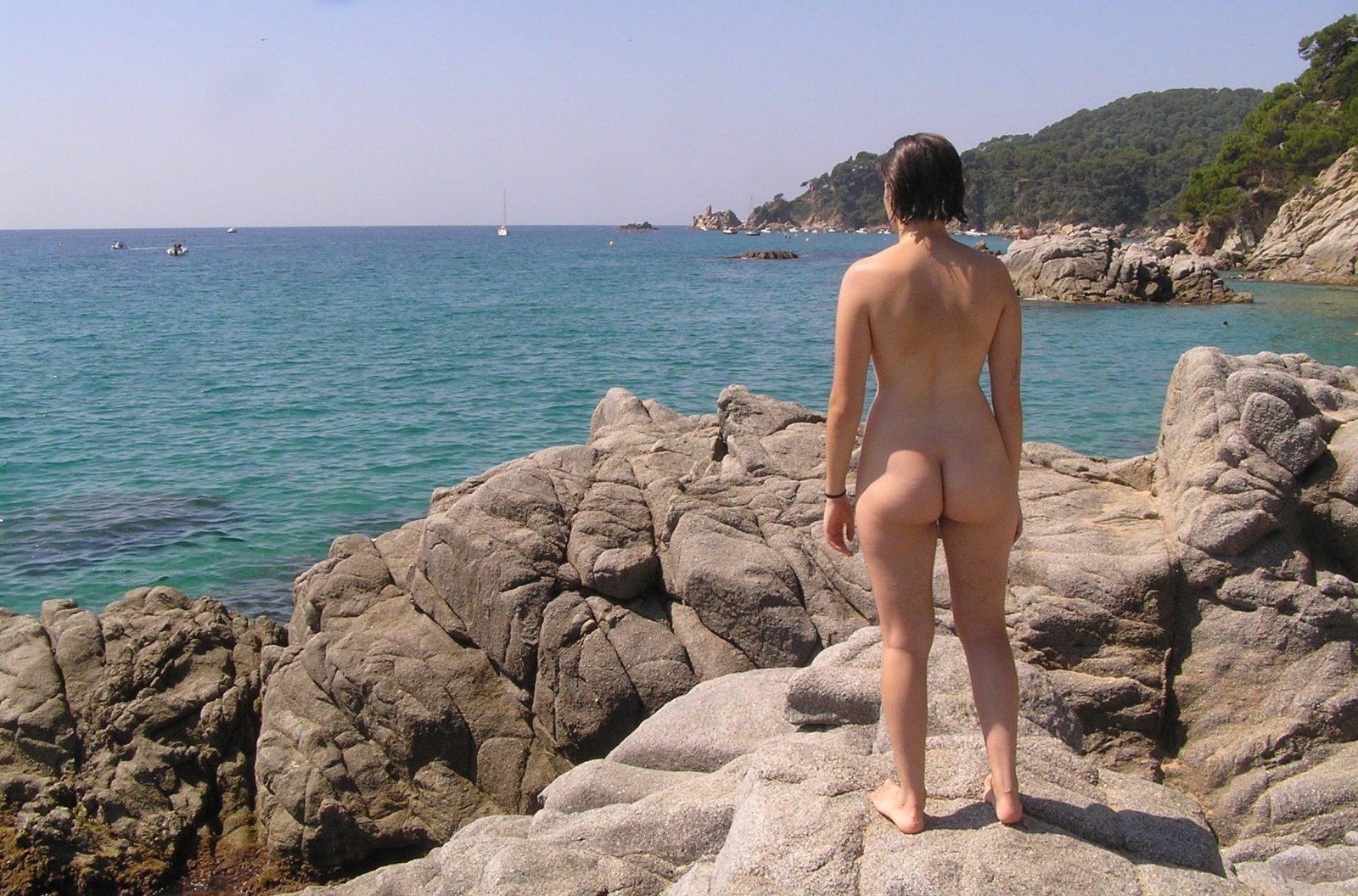 Retrats naturistes: Mireia, de Sants