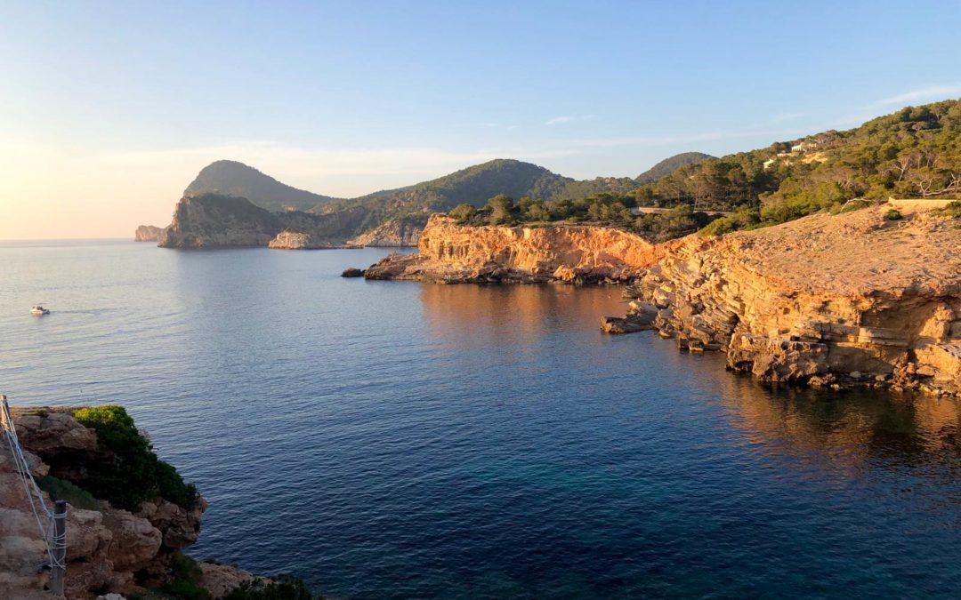 Les platges nudistes de ponent d'Eivissa